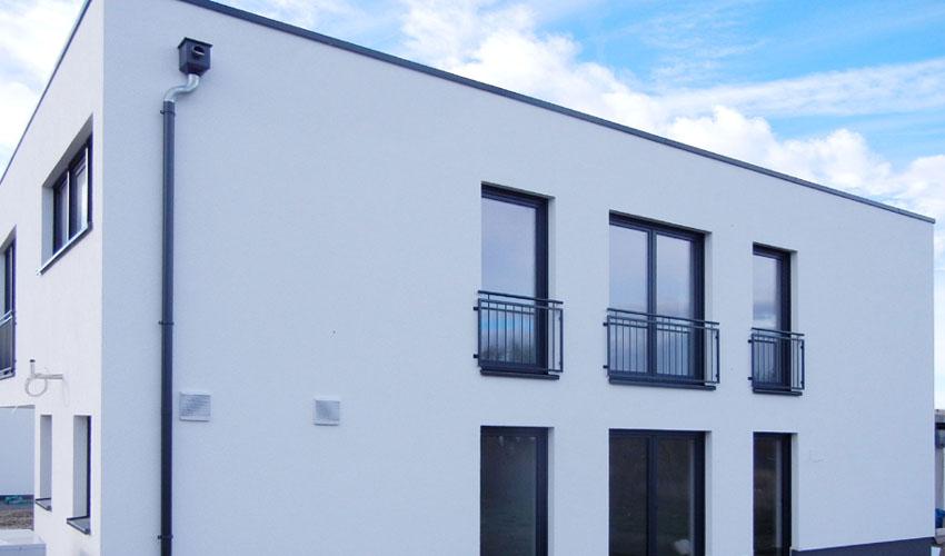 Bauhaus - Stil: Dolomit 160: Zweigeschossiges Bauhaus mit Einschnitten