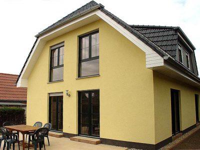 Massives Landhaus, Zwenkau 2008 - Bild 1