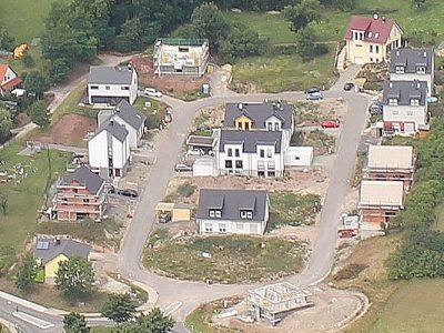 Wohngebiet Jena Ilmnitz - Luftaufnahme im August 2017
